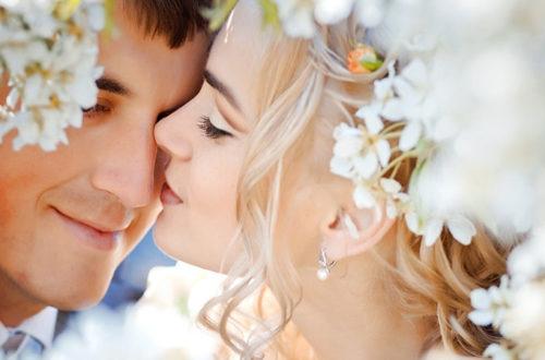 Свадьба, поцелуй, фото