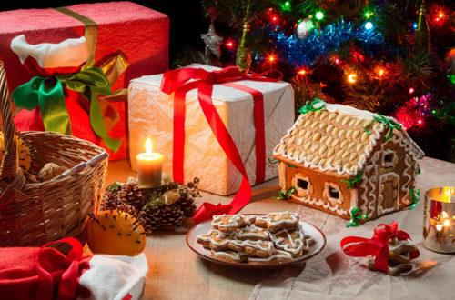 Новый год, подарки, свечи, ёлка