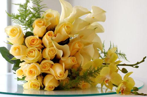 Очаровательный букет жёлтых розукет