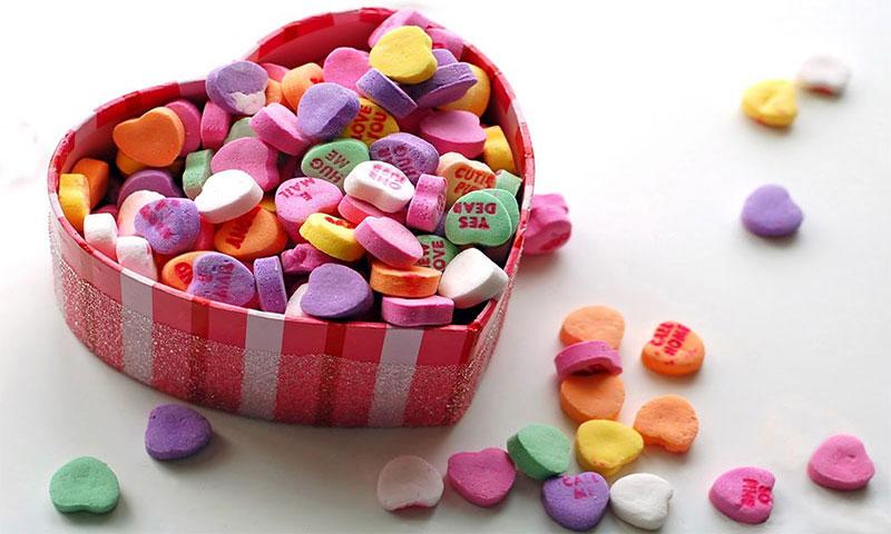 Шкатулка, сердечко, конфеты
