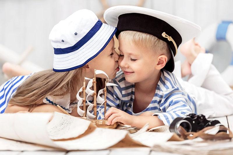 Девочка и мальчик, романтика