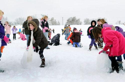 Детские забавы зимой