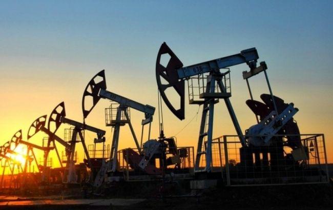 Нефтяные скважины, сумерки